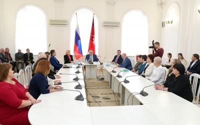 Эффективность работы областного комитета молодежной политики в Год экологии отмечена на региональном уровне