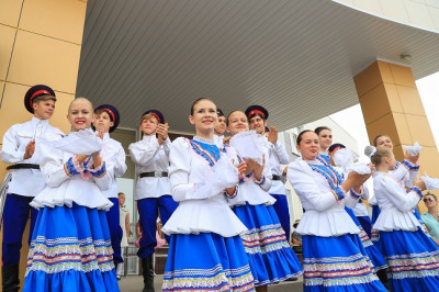 Концерты, выставки, фестивали, флэшмобы — в Волгоградской области подготовили праздничную программу ко Дню России
