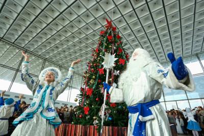 В Волгоградской области две тысячи детей посетили губернаторские елки
