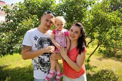 День семьи, любви и верности: в Волгограде пройдет конкурс ромашковых костюмов, парад колясок и шествие молодоженов
