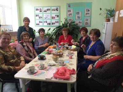 «Все тепло малышам»: «серебряные» волонтеры Волгоградской области участвуют в акции добрых дел
