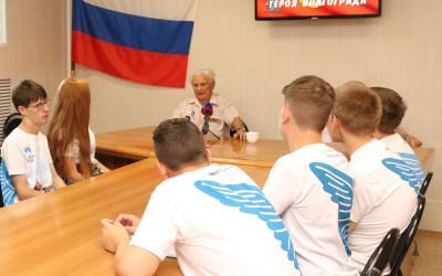 Волгоградские добровольцы записали видеовоспоминания участников Курской битвы